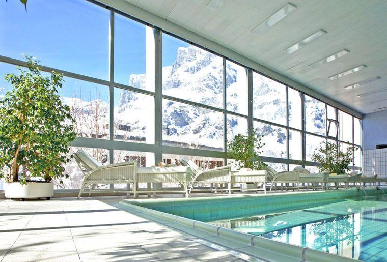 hotel-sources-des-alpes-piscine-1024x683.jpg