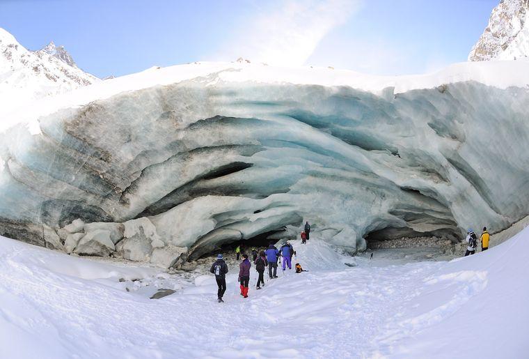 Glacier de Zinal - rando d'hiver avec Swiss Alpine Emotion © Willy Maury.jpg