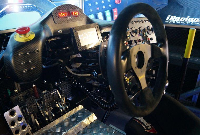simul-racing-valais-4.JPG