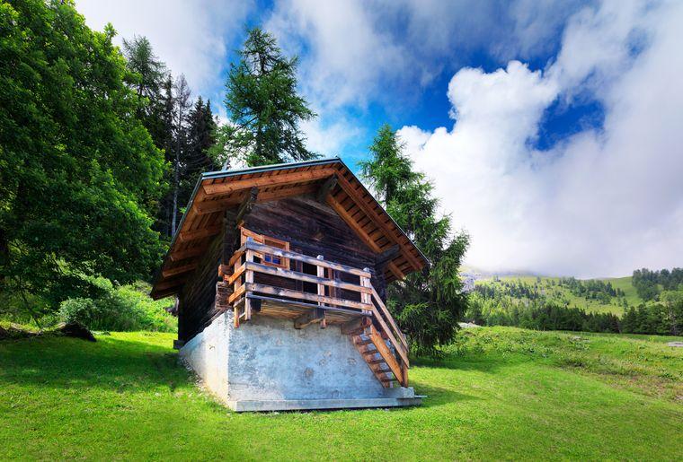 hameau-colombire-crans-montana-vacances-chalet-hotel-hebergement-insolite.jpg