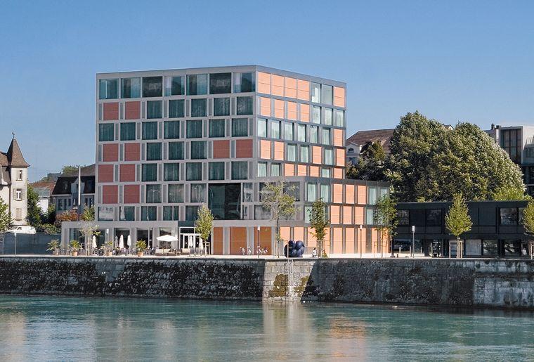 aussenansicht-wasser-h4-hotel-solothurn~0.jpg