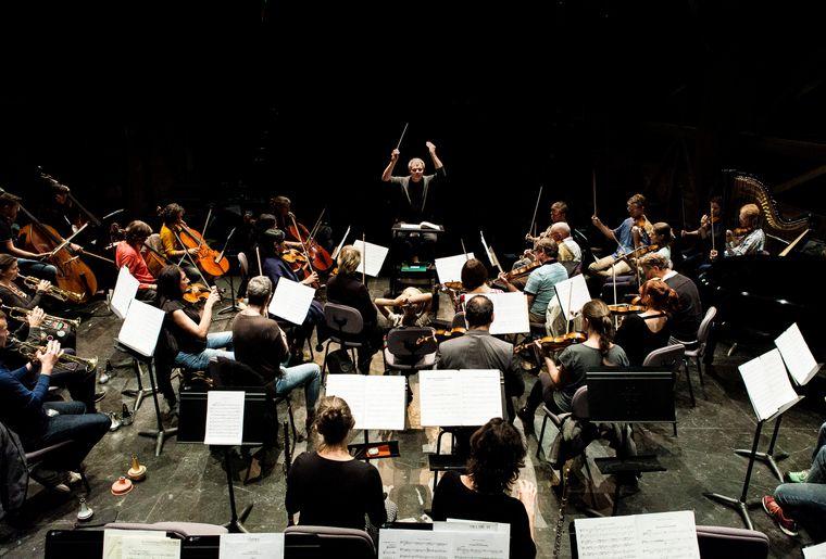 Orchestre_des_Jardins_Musicaux_direction_Valentin_Reymond_┬®Giona_Mottura.jpg