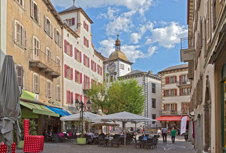 Sion_rue_conthey_hotel_ville_1_HD © Thomas Andenmatten.jpg