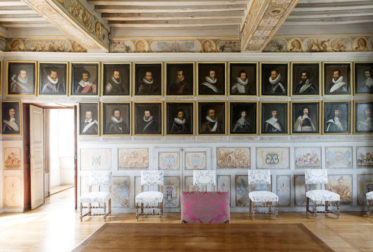 Château de Bussy Rabutin, salle des Hommes de guerre @Colombe Clier_CMN.jpg