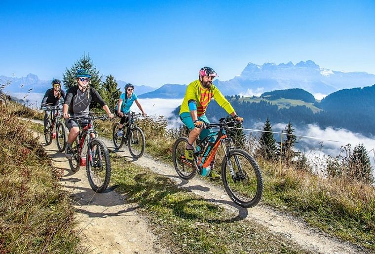 e-bike-grand8-region-dents-du-midi-valais.jpg