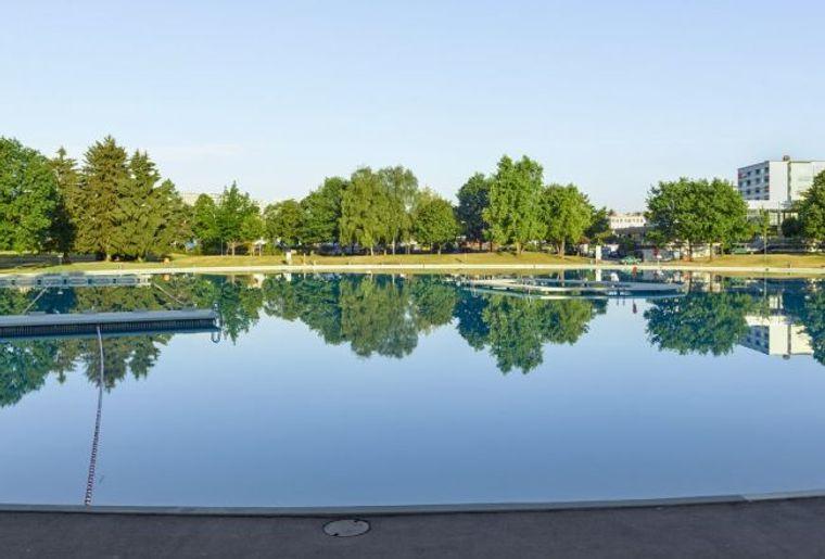 piscine-weyermannshaus-berne-2.jpg