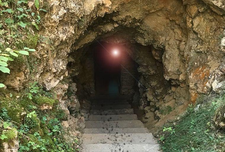 Visite 100% Frissons aux Grottes du Cerdon 2.jpg