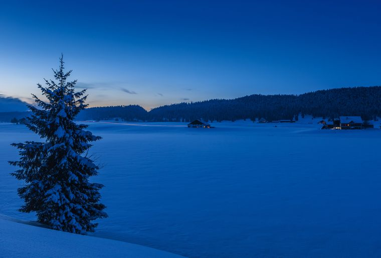 Lac des Taillères © Switzerland Tourism - Andreas Gerth.jpg