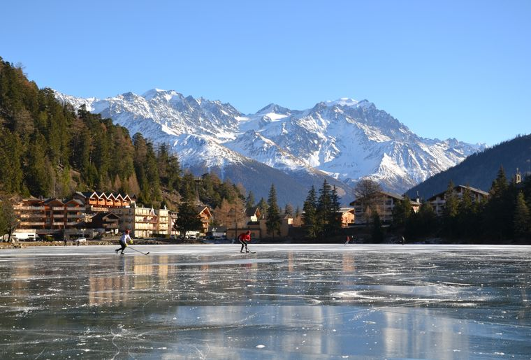 champex-lac-gele-patinoire.JPG