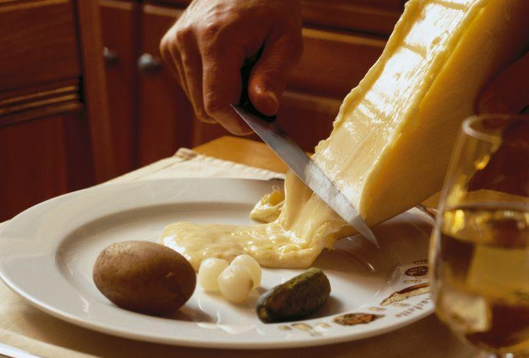 Raclette © Valais-Wallis Promotion.jpg