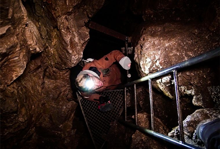 grotte-de-naye.jpg
