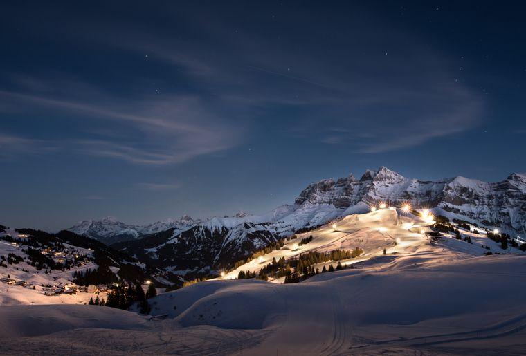 les-crosets-ski-nuit-hiver.jpg