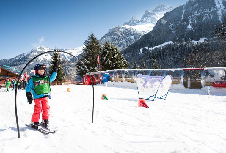 palladium-champery-ski-jardin-neige.jpg