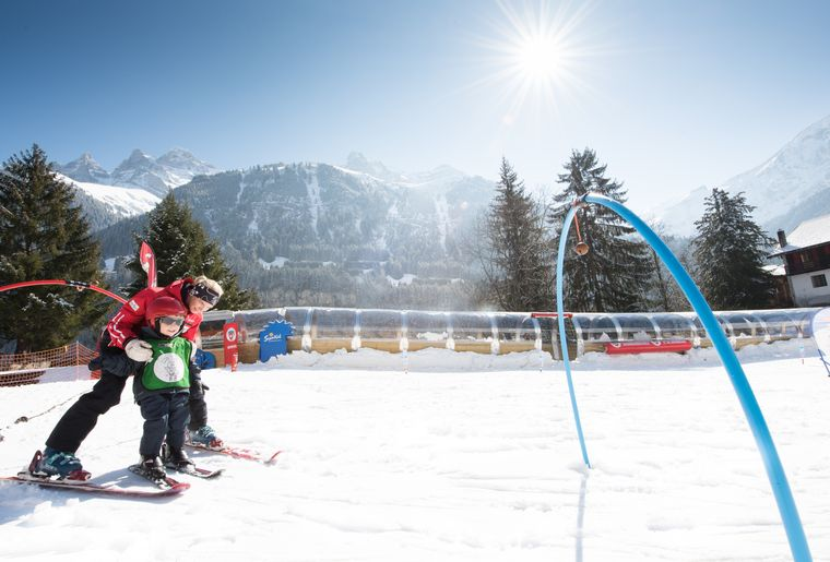 palladium-champery-ski-jardin-neige-2.jpg
