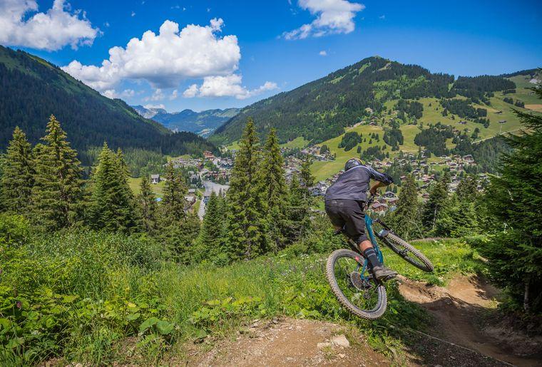 bikepark-morgins-champery-vtt-bike-park-8.jpg