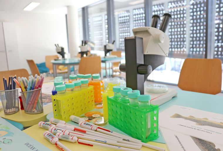 aquatis-salle-pedagogique.jpg