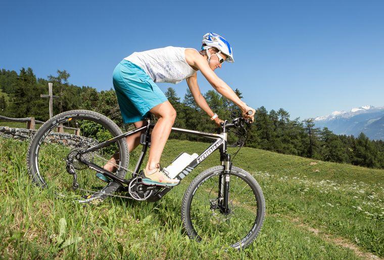 crans-montana-colombire-e-bike-velo-electrique-balade-courtavey.jpg