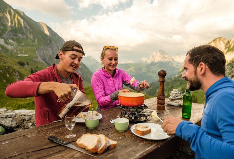 chalet-morteys-fondue-rando.jpg