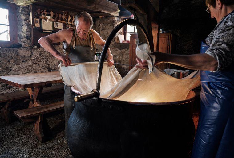 chalet-morteys-cabane-marindes-fromage.jpg