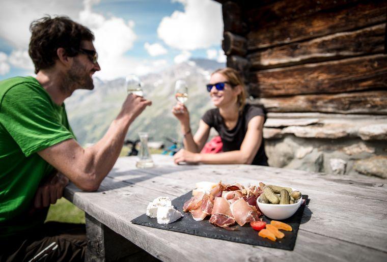 alpage-mandelon-rando-assiette-valaisanne-val-herens.jpg