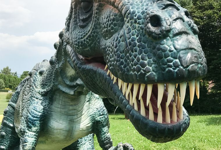 world-of-dinosaurs-2.jpg