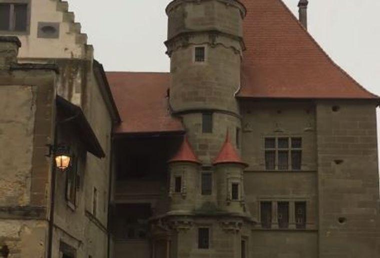 chateau (002).JPG