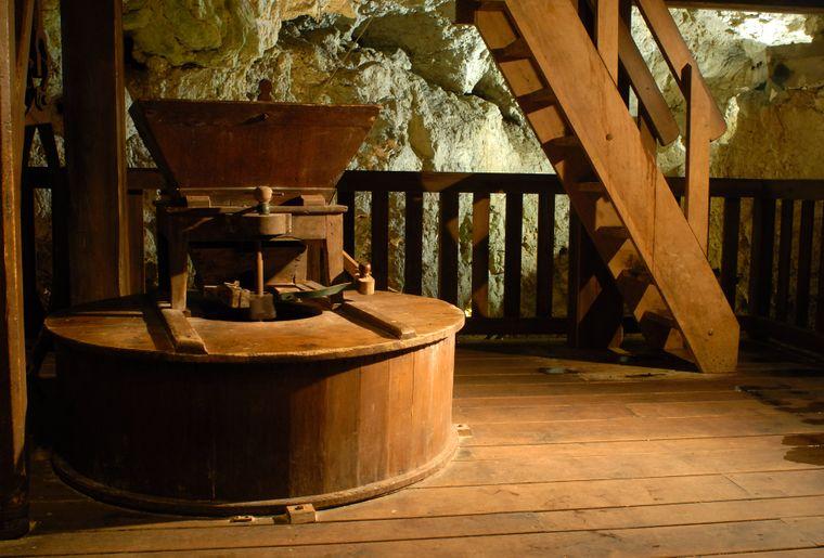 Moulins souterrains du Col-des-Roches