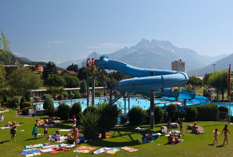 piscine-aigle-leysin_2000.jpg