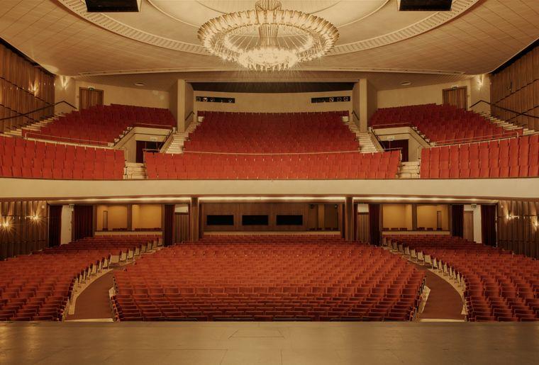 Theatre-de-Beaulieu-salle-Credit.-Laurence-Rasti.jpg
