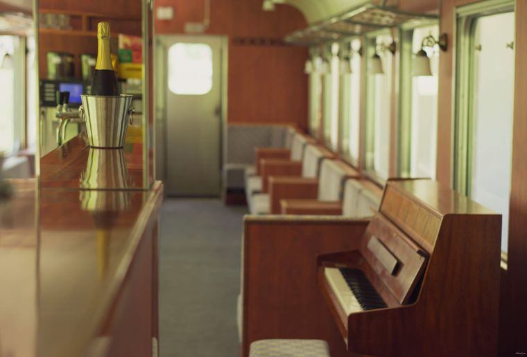 Voiture Piano-Bar.jpeg
