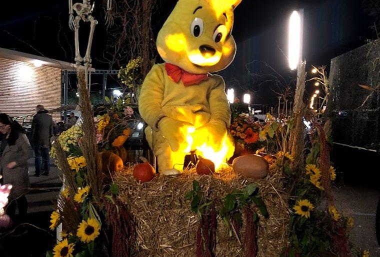 Halloween-Gland-2018-haribo-2.jpg