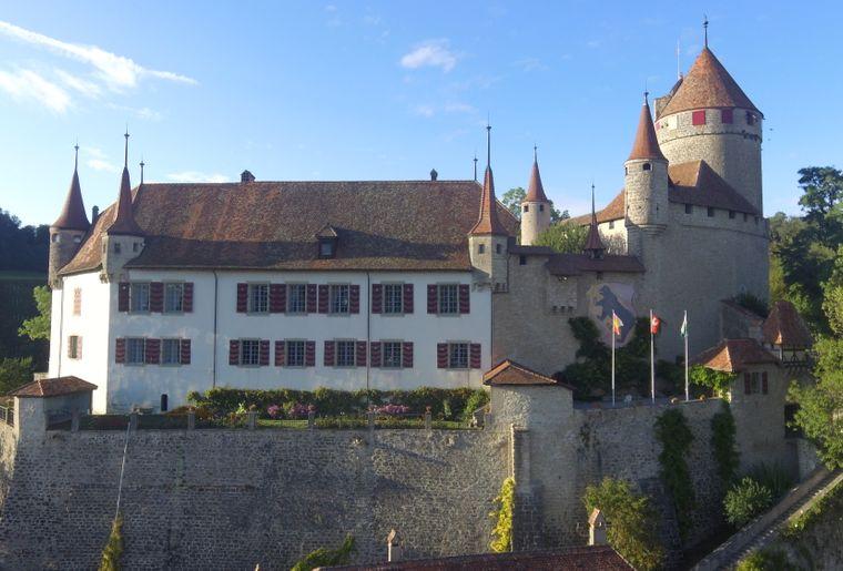 DJI_0119_copyright_Château de Lucens.JPG
