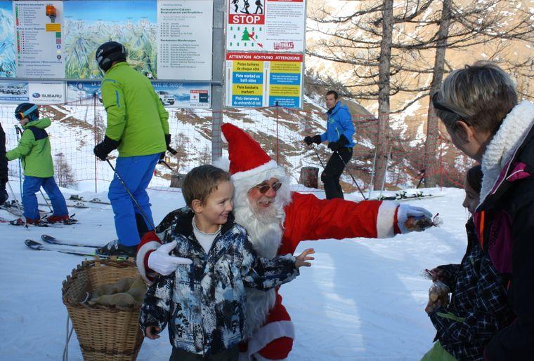Visite du père Noël (2).JPG