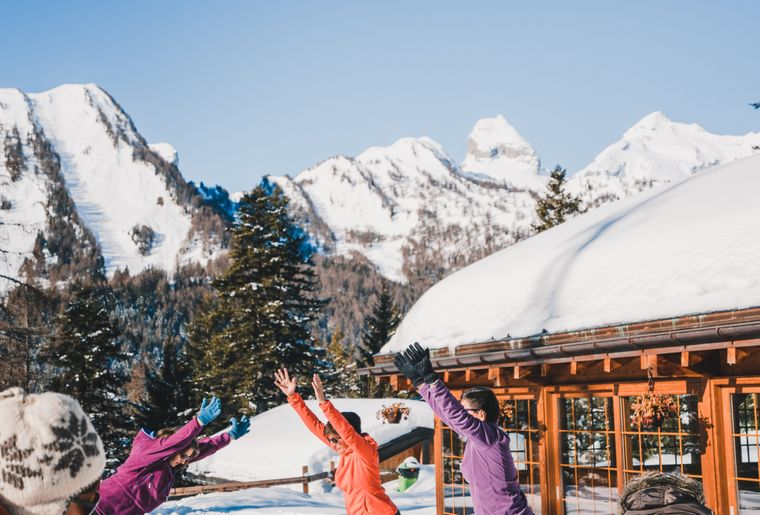 Yoga dans la neige (1).jpg