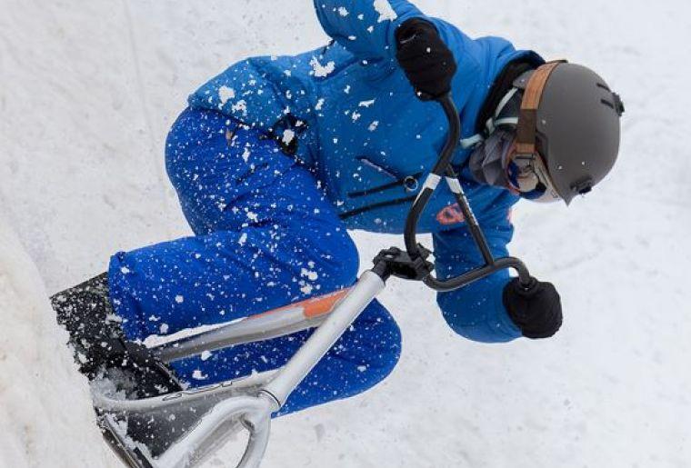 Snowscoot.JPG