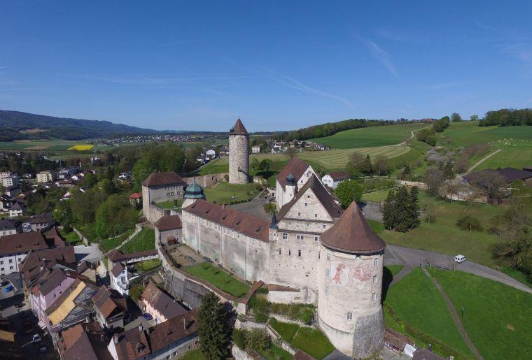 chateau-de-porrentruy_2000.jpg