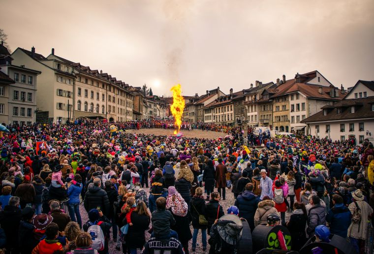 carnaval-bolzes-fribourg.jpg