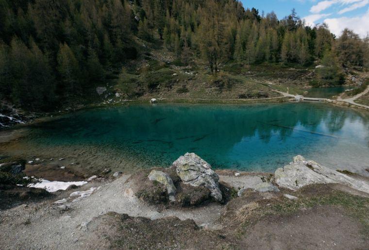 lac bleu.jpg