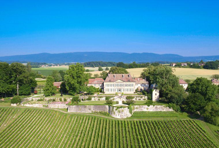 Chateauvullierens_regiscolombo_castle_19.jpg