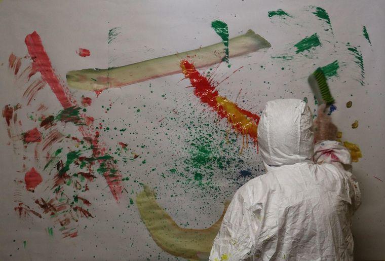 Peindre avec une balayette.jpg