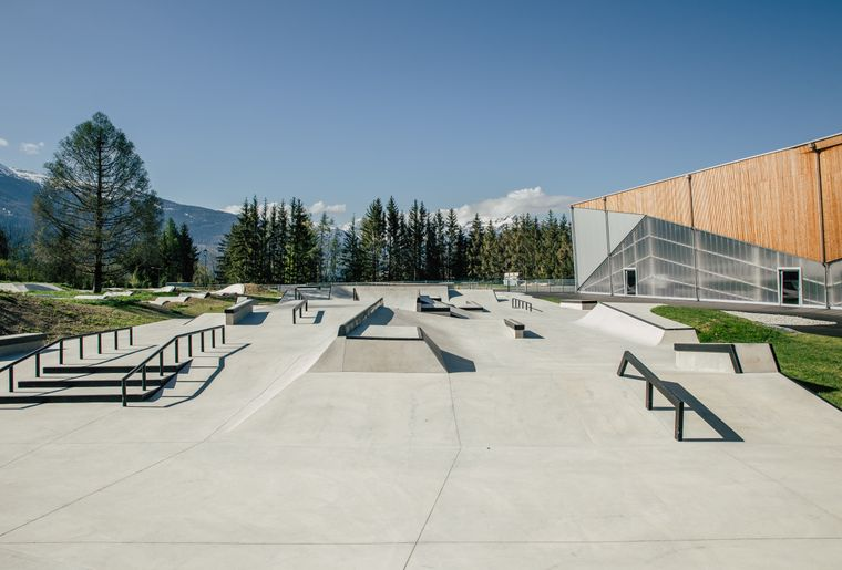 OutdoorSkatepark-11.jpg