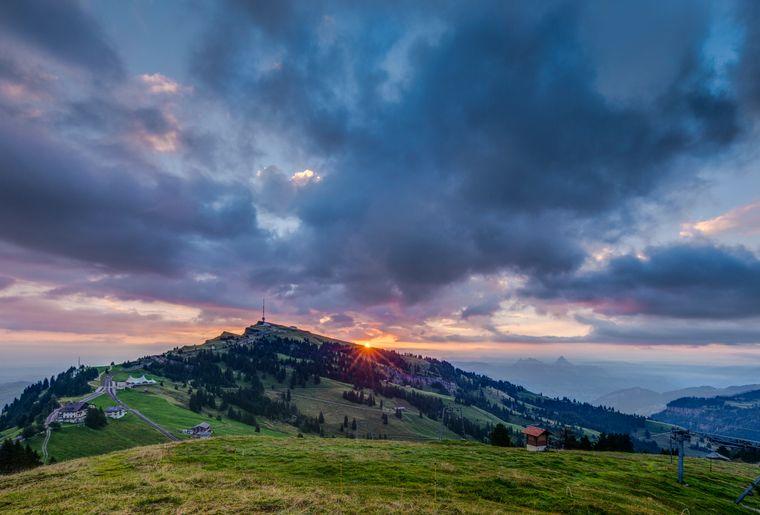 Rigi Sonnenaufgang_Luis Medina.jpg