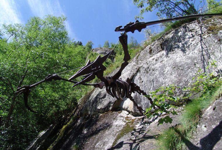 sentier-dinosaures-fieschertal.jpg