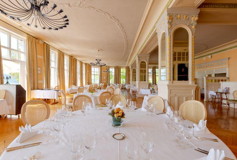 Grand-Hotel-des-Rasses-restaurant-Belle-Epoque-2©nuno-acacio-RVB[1].jpg