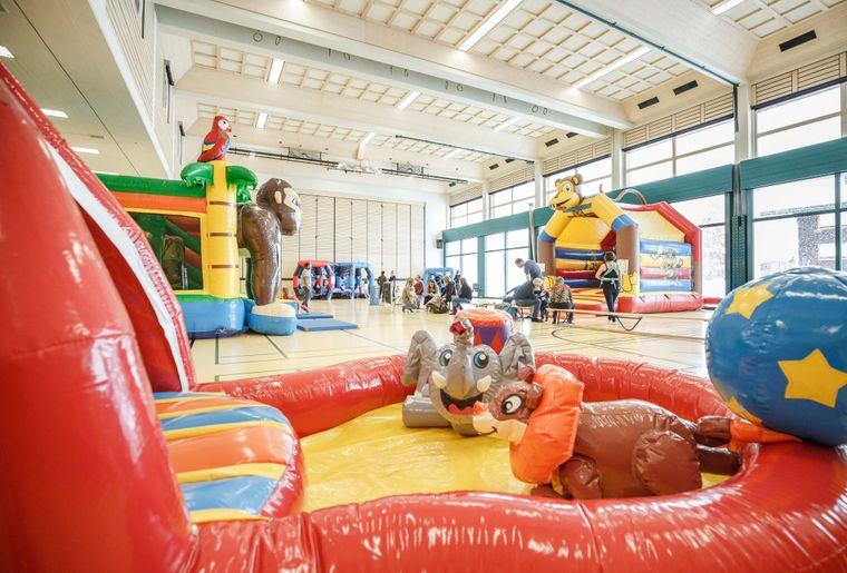 parc-gonflable-fun-park-rddm.jpg