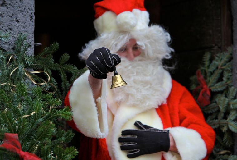 Aigle Hiver Fantastique Noel chateau.jpg