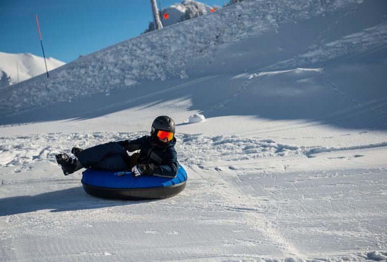 snowtubing-charmey-glisse-2.jpg