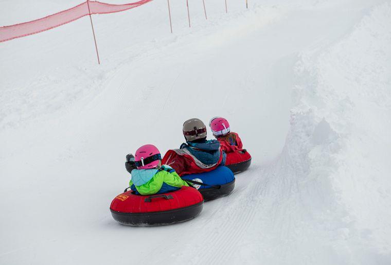 snowtubing-charmey-glisse-3.jpg