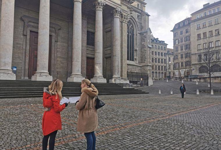 thumbnail_jeu-piste-secrets-geneve-cathedrale.jpg
