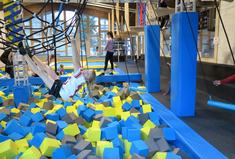 indoor-park-grimentz_ninja-warrior_02.jpg